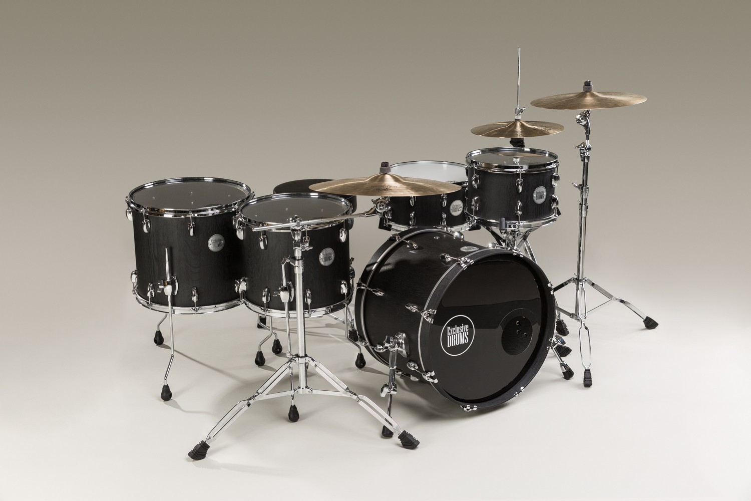 Oak drum set